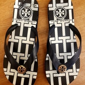 Tory Burch navy and white flip flops - size 7